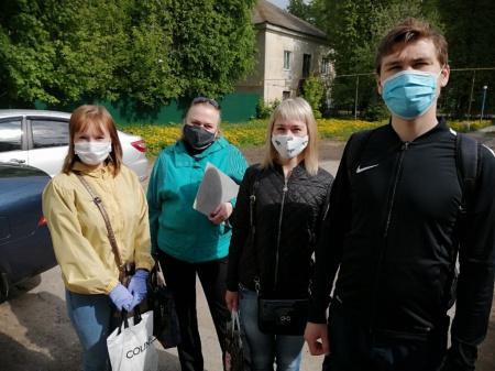 Волонтёр Егор Пластинин вместе со своими друзьями развез 416 продуктовых наборов!