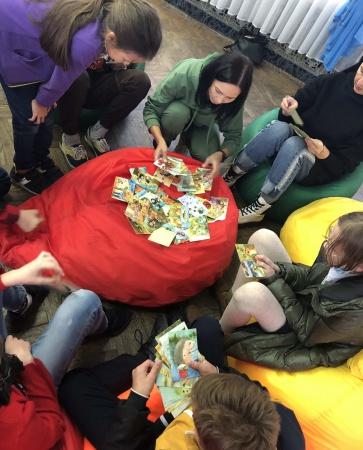 С сентября 2020 года на базе @moldvorets в рамках деятельности молодежного объединения «Притяжение» реализуется проект помощи подросткам и их родителям «ТЫ НЕ ОДИН».